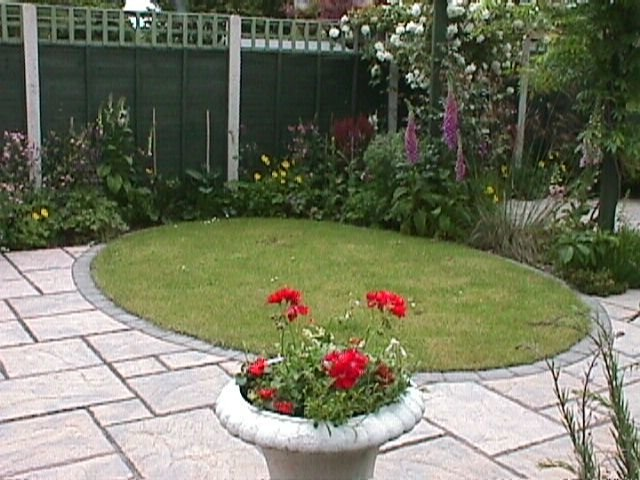 garden design circular lawns garden design ideas circular lawn patio circular design garden