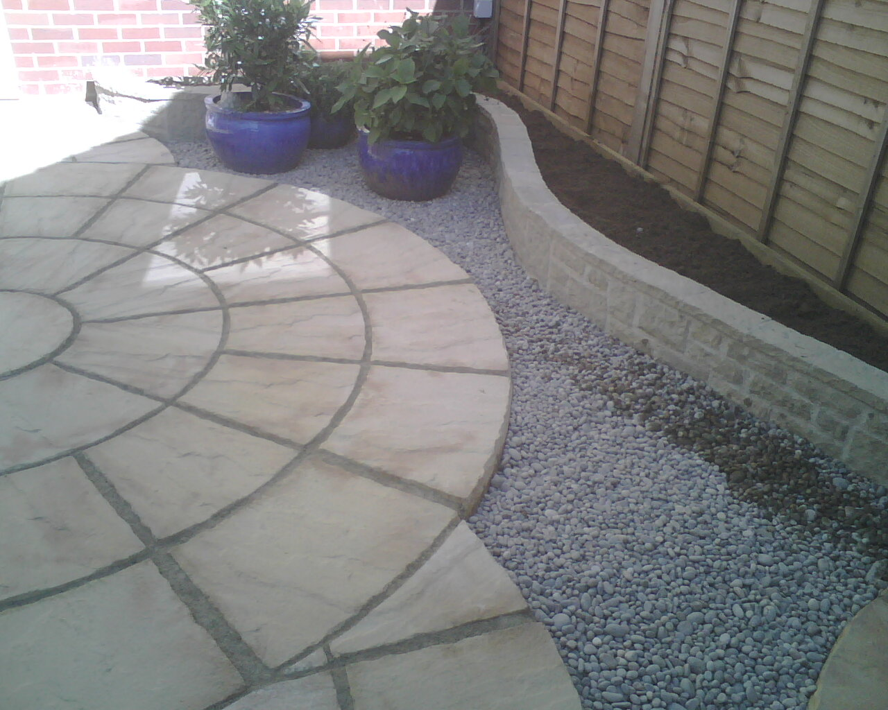 Greenshave paving for Paving designs for small gardens